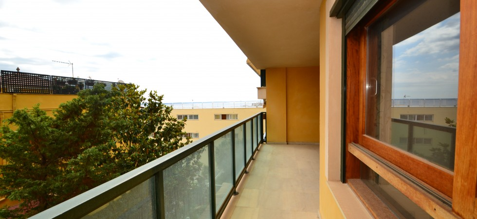 For Sale – Luxury Apartment with views of Palma Bay and Cathedral in Bonanova