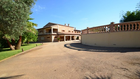 For Sale – Magnificent Country House in Xorrigo close to Palma – Price Reduced!