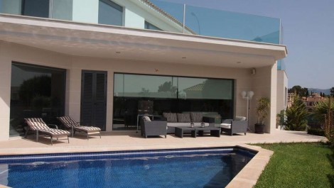For Sale – Contemporary Four Bedroom Villa with Private Pool in Son Puig