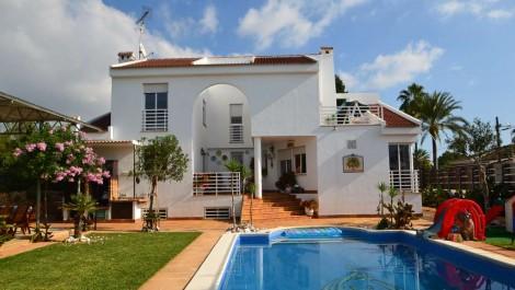 Villa for Sale in Son Ferrer Mallorca – Next to Golf Course