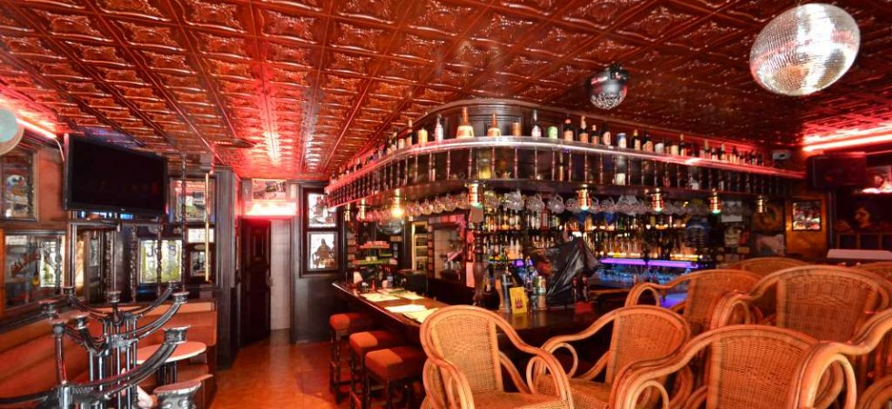 Late Night Bar for Sale in Magaluf – Leasehold/Traspaso – British Pub Style with Terrace
