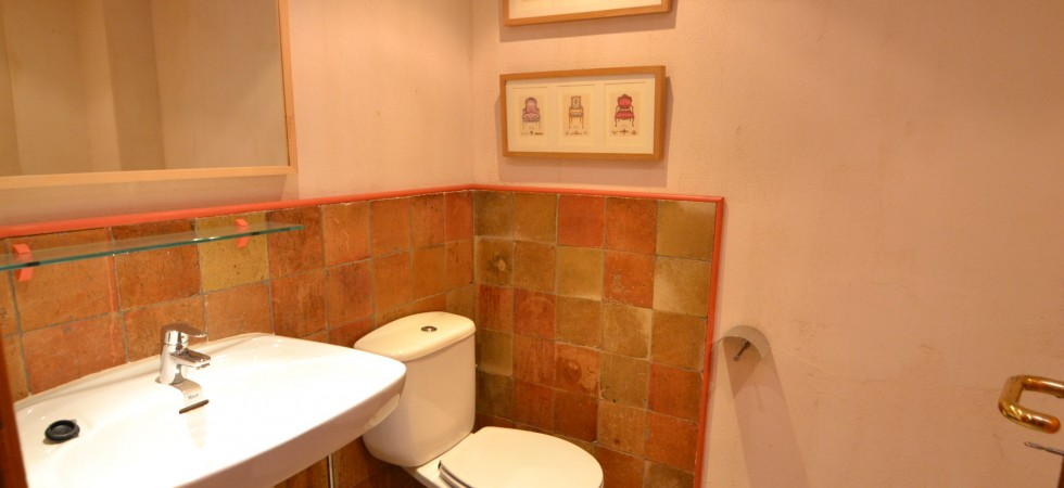 Apartment for Sale in La Lonja, Palma Old Town – Excellent Location!