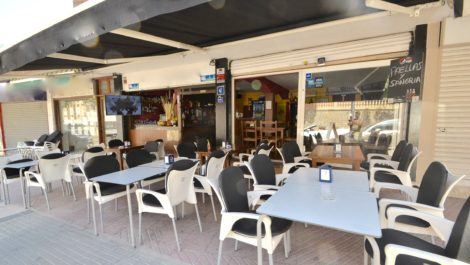 Bar for Sale in Cala Major – Leasehold