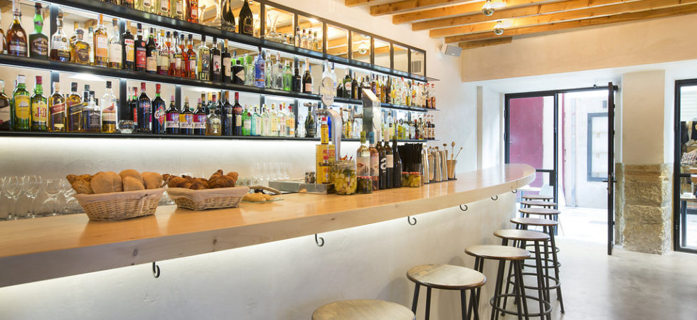 Bar in the Heart of the Old City of Palma Mallorca – Prime Location!