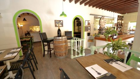 Restaurant for Sale in Santa Catalina – Leasehold