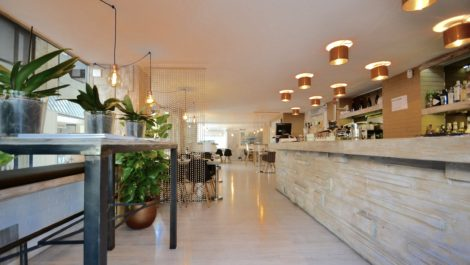 Restaurant & Bar for Sale in Palma – Great Location!
