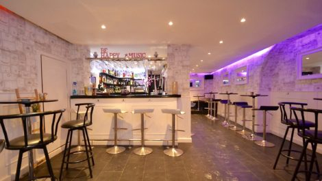 Bar for Sale in La Lonja, Palma Old Town – Leasehold