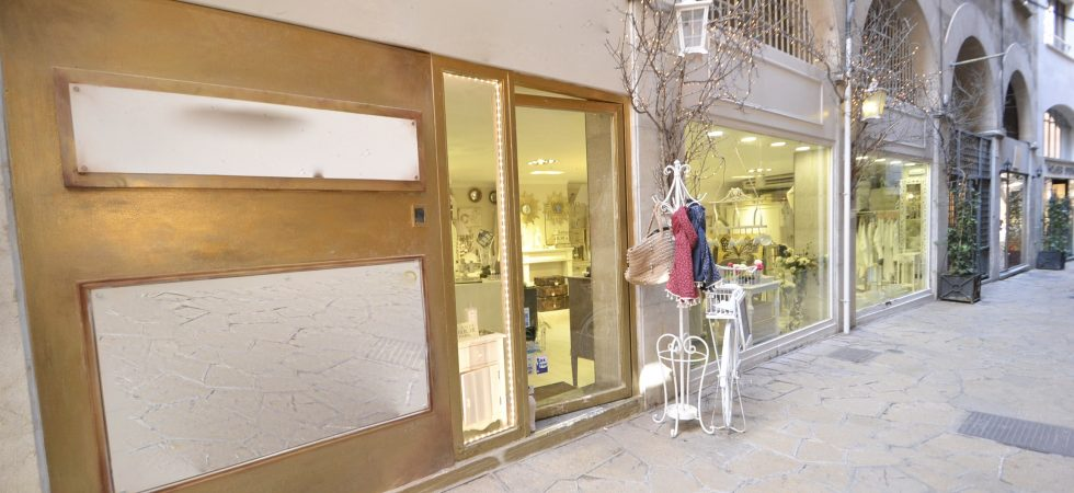 Retail Shop for Sale in Palma Mallorca Old Town – Leasehold