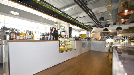 Market Kitchen for Sale in Palma – Leasehold