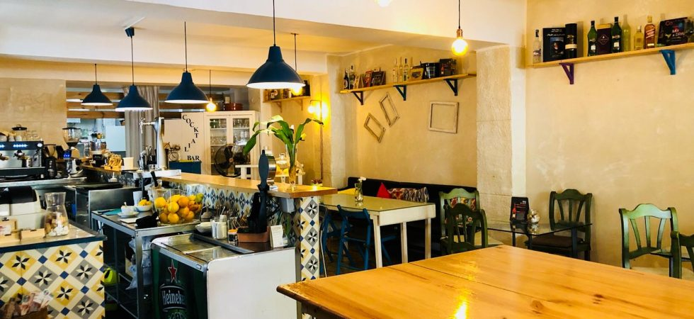 Bar Cafeteria for Sale in Santa Catalina Palma – Leasehold
