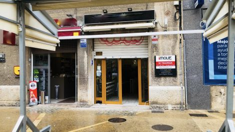 Bar Cafeteria in Plaza Olivar Palma Mallorca – Prime Location! – Price Reduced!
