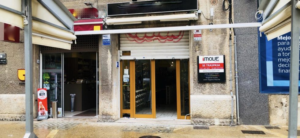 Bar Cafeteria in Plaza Olivar Palma Mallorca – Prime Location!