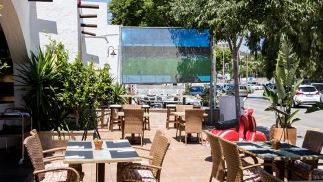Bar & Restaurant for sale in Palmanova – Leasehold