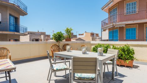 Town House in Porto Cristo with a Holiday Rental Licence for Sale – Freehold