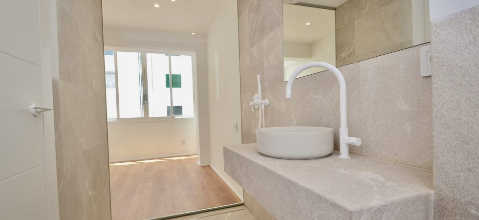 Refurbished Three Bedroom Apartment in Palma Centre Paseo Mallorca – Long Term Rental