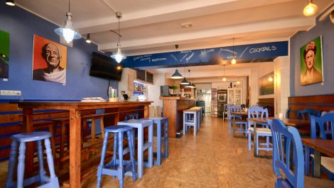 Bar Cafeteria for Sale in Santa Catalina – Leasehold (Traspaso)- Price Reduced!