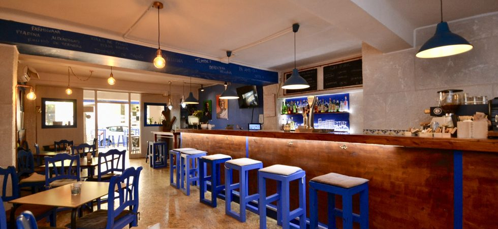 Bar Cafeteria for Sale in Santa Catalina – Leasehold (Traspaso)