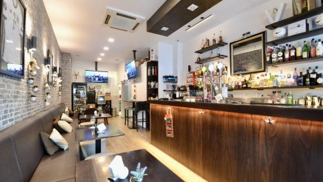 Established Sports Bar & Restaurant for Sale in Palma Mallorca – Leasehold (Traspaso)