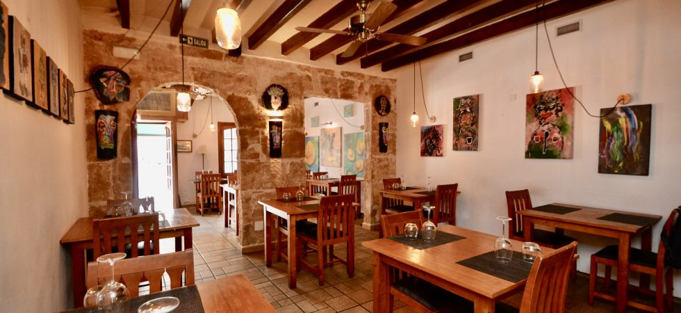 Restaurant for Sale in Santa Catalina – Palma de Mallorca (Leasehold/Traspaso)