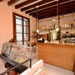 Character Bar Cafe for Sale in Prime Palma Old Town Location – Leasehold (Traspaso)
