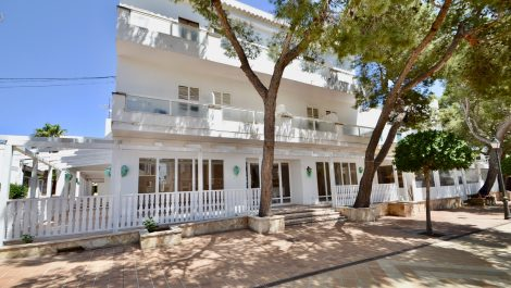 16 Bedroom Hotel & Restaurant Project for Sale in Mallorca – Leasehold (Traspaso) – Price Reduced!